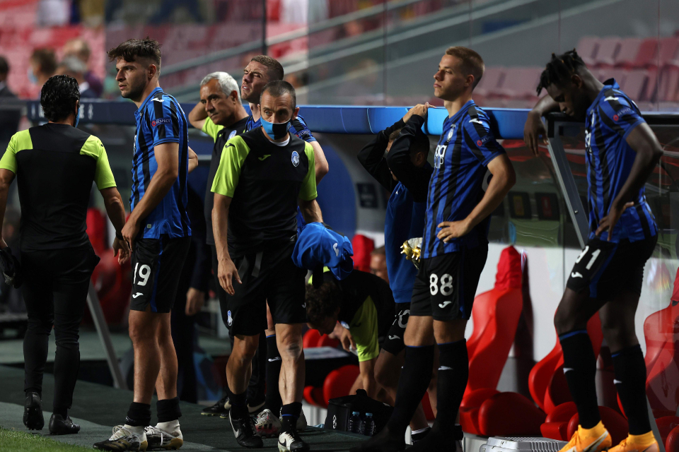 The Atalanta players were inconsolable on the bench